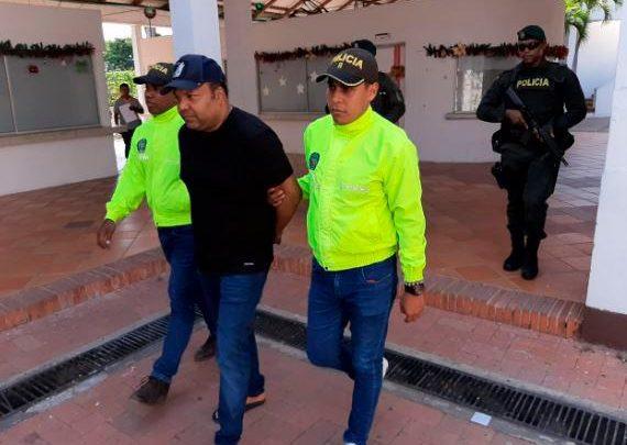 Extraditan a Estados Unidos a César Emilio Peralta (El Abusador)